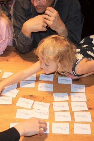 spannendes-Spiel-Lebendige-Familienzeit