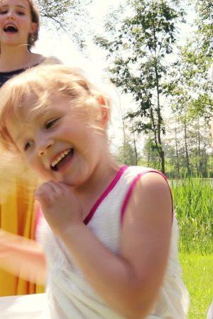Choreo-Familienmusik-Song-la-luna-Familienmusik